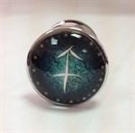 Серебристая анальная пробка с зеленым кристаллом и знаком зодиака - Стрелец - фото 221296
