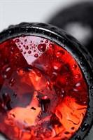Черный анальный плаг с кристаллом красного цвета - 7,2 см. - фото 1702911