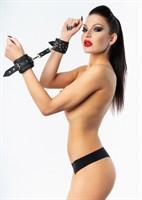 Черные наручники с фиксацией на двух карабинах - фото 1312814