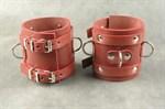 Широкие красные не подшитые наручники - фото 1517970