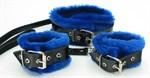 Набор из наручников и ошейника с синим мехом BDSM Light - фото 1158633