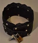 Чёрный ошейник на замке с кружевом - фото 1167211