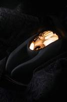 Чёрно-золотой клиторальный вибромассажер WANAME Wave - фото 234619