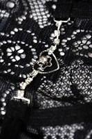 Трусики-стринги Lillian с декором - фото 1682377