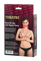 Красный кляп-трензель Theatre в виде косточки с зажимами для сосков - фото 1556163